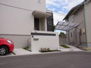 白を基調としたモダンな外構 名古屋市2