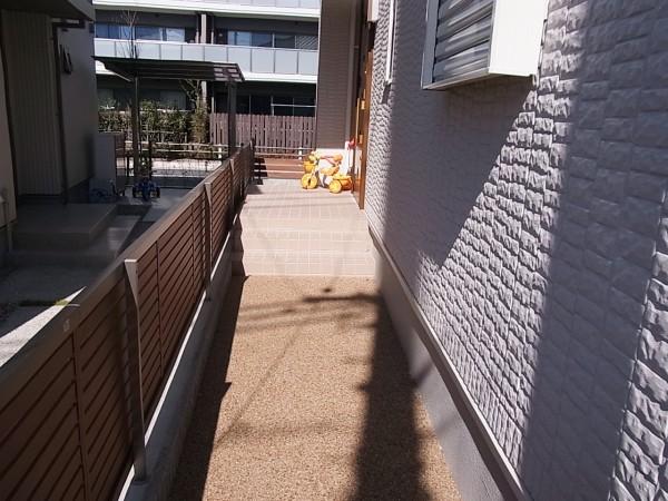 芝のある外構 名古屋市4